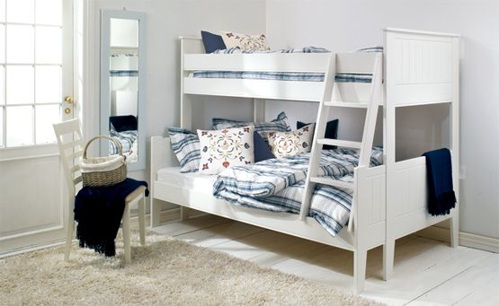 1000 images about bunkbeds on pinterest lit mezzanine places and antiques. Black Bedroom Furniture Sets. Home Design Ideas