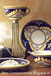 #Italy #Maiolica: Tazze, Kubki, Mugs http://ceramicamia.blogspot.com/2013/07/maiolica-tazze-kubki-mugs.html