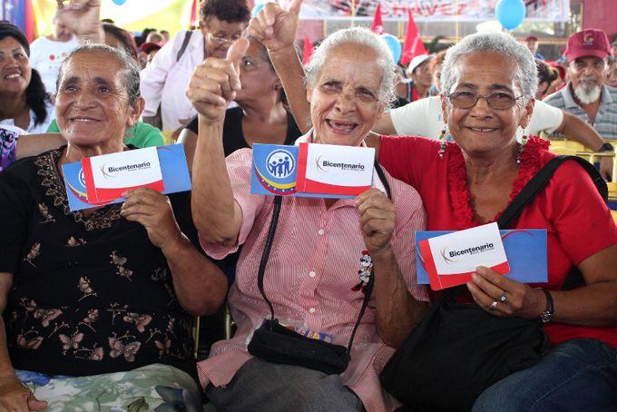 Más de 3 millones 200 mil adultos mayores están pensionados en Venezuela