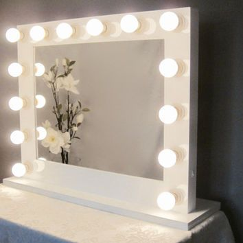 Grand Hollywood Lighted Vanity Mirror W Outlet Lighted