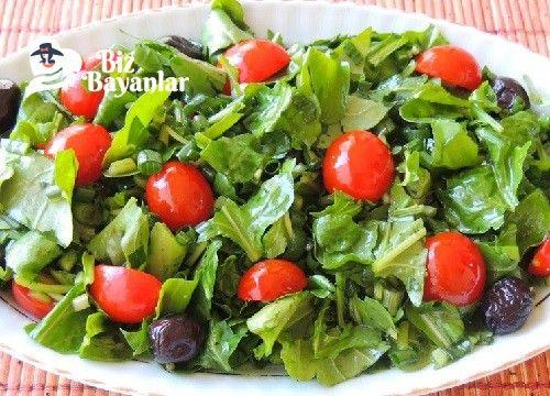 Roka Salatası Tarifi Bizbayanlar.com  #ÇeriDomates, #NarEkşisi, #Roka, #TazeSoğan,#SalataTarifleri http://bizbayanlar.com/yemek-tarifleri/salata-meze-kanepe/salata-tarifleri/roka-salatasi-tarifi/
