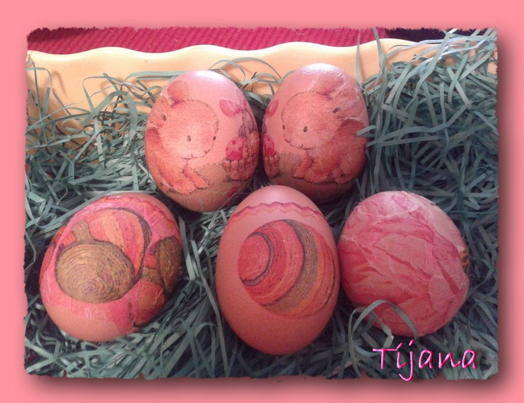 decoupaged eggs, by Tijana
