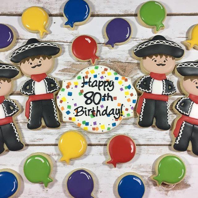 Mariachis wishing a special happy birthday to a special Dad! 🎉🎉#mariachicookies #owlbecreative #sandiego #happybirthdaycookies