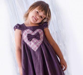 Lniana sukieneczka fioletowa z sercem