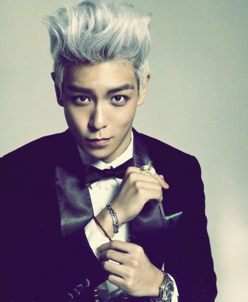 """T.O.P describes his ideal girl (and says he would """"eat"""" her farts?) Thats.. hella weird"""