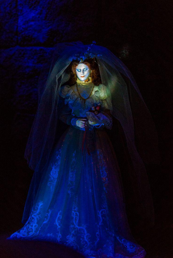 Phantom Manor Photo Tour & Review | Disneyland Paris ...