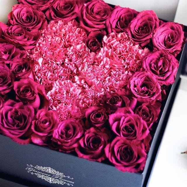 Preferujete nejnižší cenu nebo luxus, styl a kvalitu?☀️www.glamourflowers.cz #flowerboxpraha #flowerspraha  #pragueinstagram #luxusni #ruze #czech_world #pragueboy #pragueshopping #dorucenikvetinpraha #czechfitness #czechrepublic #czechgirl #czech_insta #glamourflowers #czech #czechgirls #nakupy #czechblogger #pragueworld #prague #flowershopprague #kvetinyvkrabici #cz #praguelife #czechmodel #flowersdeliveryprague  #czechfittnespeople #czechfashion #praguefashion #rozvozkvetin
