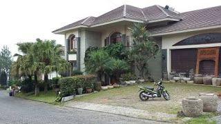 Villa Istana Bunga 7 Sampai 11 Kamar - Sewa Villa Lembang Villa Istana Bunga Bandung