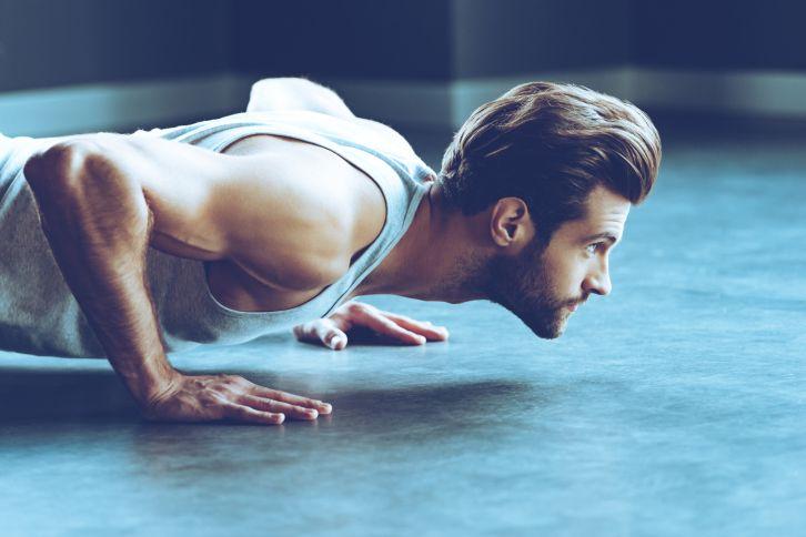 Les pompes, l'exercice idéal pour muscler ses pectoraux sans matériel