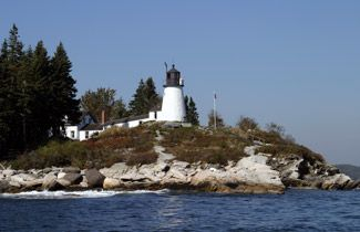 Burnt Island Lighthouse, Maine at Lighthousefriends.com