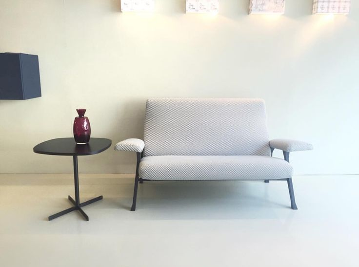 arflex - Hall small sofa design Roberto Menghi The original design - Island coffee table design Bernhardt&Vella - Dome Milano Interior #arflex #hall #smallsofa #theoriginaldesign #robertomenghi #island #coffeetable #design #bernhardtvella #luxury #madeinitaly #decor #interiorinspiration #mood #photoftheday #domemilanointerior #staytuned #arflexmilano www.arflex.it follow us on istagram @arflex_official