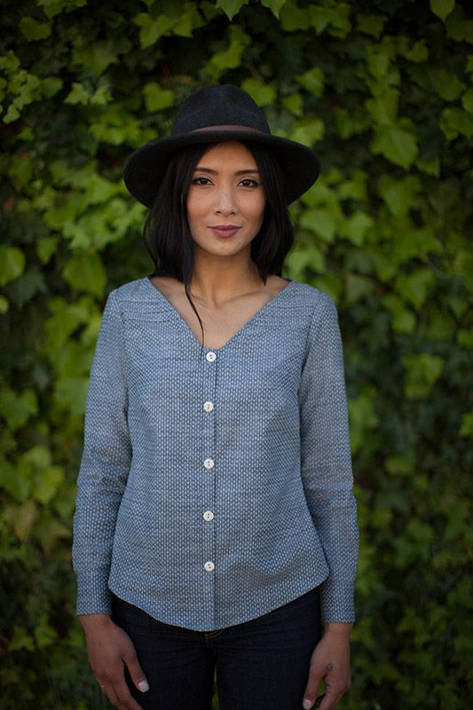 Work appropriate chambray button down -- Aster sewing pattern by Colette Patterns
