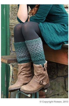 Rowan Ankle Warmers - Free Pattern @ Deramores: http://www.deramores.com/media/deramores/pdf/rowan-leg-warmers-pattern.pdf