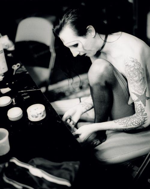 Marilyn Manson at make up table <3
