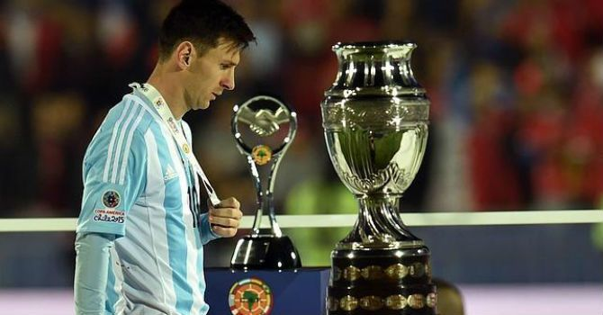 Messi no quiso recoger el trofeo MVP de la Copa América | Madrid – Barcelona