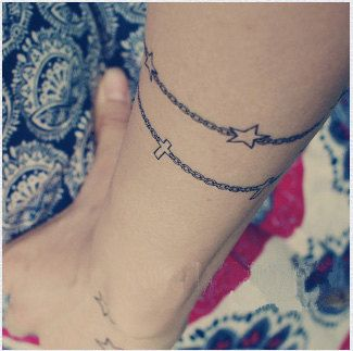 star bracelet tattoo. i think bracelet tattoos are just amazing to begin with.