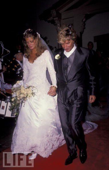 Dec 15th 1990 - Rod Stewart marries Rachel Hunter.