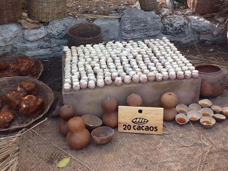 En el Kíi'Wik - mercado maya - Miel por 20 cacaos Travesía Sagrada Maya 2013
