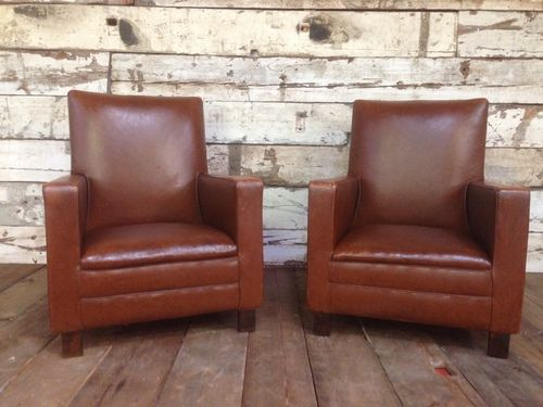 The Spitfire 1940's Chairs  -   Old English, Bawtry South Yorkshire, UK  UK - +44 (0)1302 714414