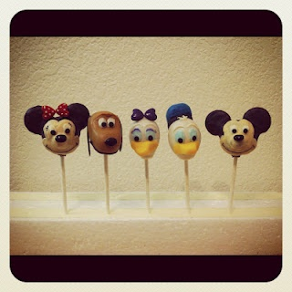 Mickey And Friends Cake Pop Maker