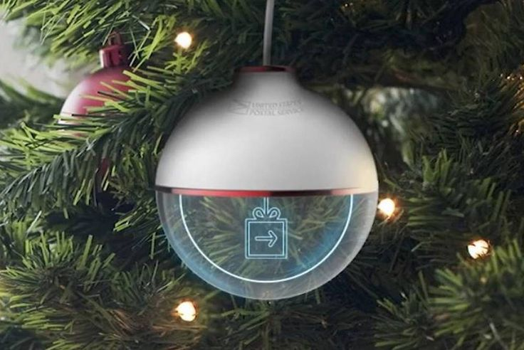 Ornament Changes Color Based On A Shipment's Tracking Status