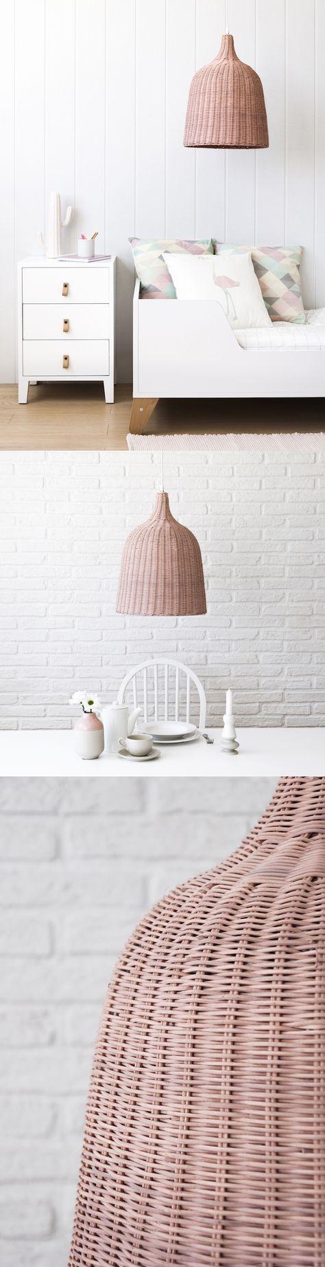 Para dar un toque nuevo al salón o para la habitación de la peque, la nueva lámpara Tula va a quedar genial en cualquier parte de tu casa. Son edición limitada y la tienes en 5 colores. #kenayhome #deco #nordicliving