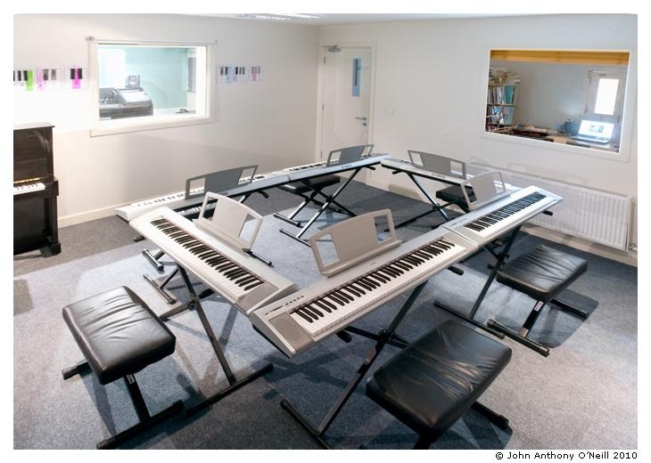 Music Classroom Design : Nice group piano setup rooms pinterest pianos