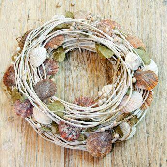 sea shells wreath
