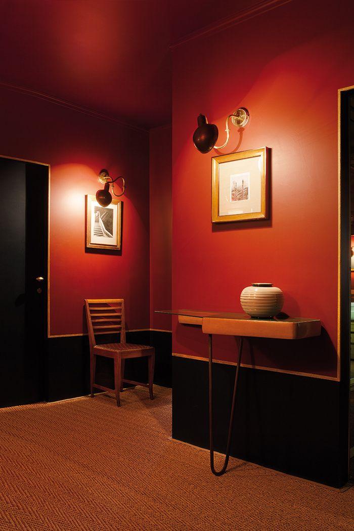 Emiliano Salci et Britt Moran de Dimore Studio, stars de la décoration transalpine, nous ouvrent les portes de leur dernier appartement. Un lieu intime, chaleureux et luxuriant.  © Julian Hargreaves