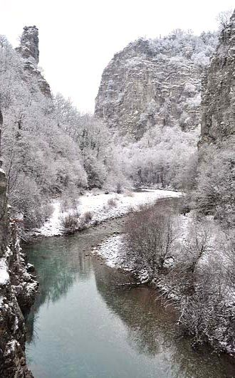 The first snow.. Kipi, Epirus, Greece (by ALEXIS-K)