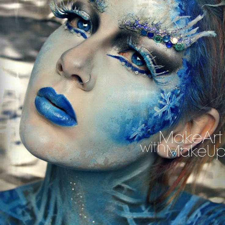 ‪#‎HalloweenMakeupIdeas‬: It's time to dethrone Elsa with this badass Ice Queen makeup from Preen.Me makeup artist Helena S. Watch how she magically does this look with her video tutorial: