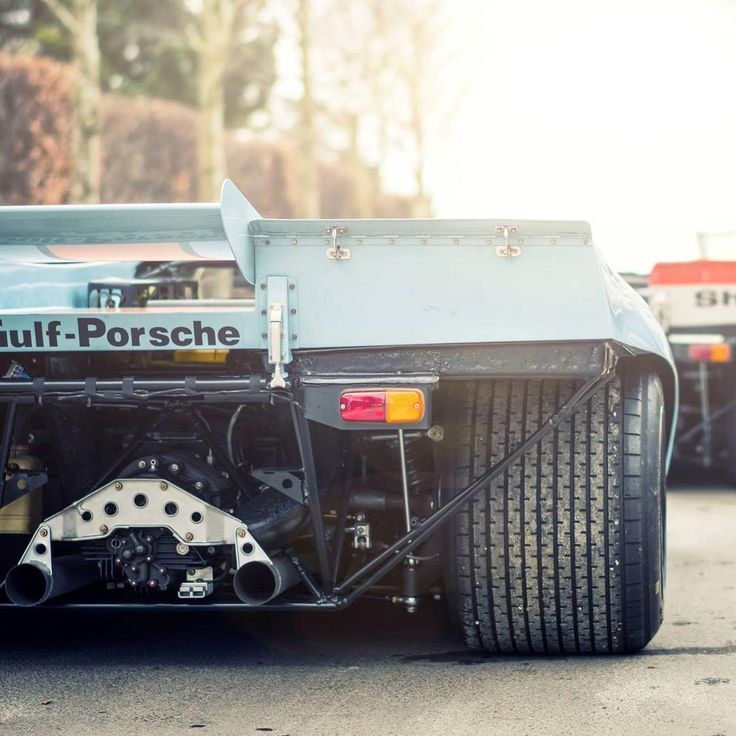 I can't keep staring. One of my all time favourites, if not the one. What about yours? __ No idea who is the owner of this photo, but if you know, please mention it and I'll update. #porsche #lemans #gulf #917