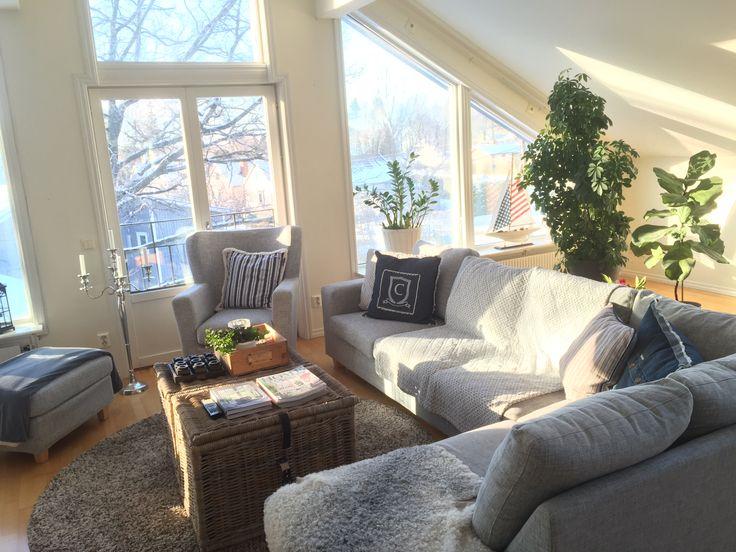 Älskar ljuset från våra stora fönster på övervåningen. Här på vintern.