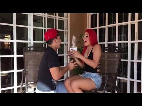 HUMOR PANAMEÑO VIDEOS NUEVOS 2017 | LA MAKINA & THE COCOLIN & MAS | Yei Palmezano TV - VER VÍDEO -> http://quehubocolombia.com/humor-panameno-videos-nuevos-2017-la-makina-the-cocolin-mas-yei-palmezano-tv    Suscribete a mi canal:  Sigueme en mis redes sociales: – Instagram: @yeipalmezanotv – Fanpage en Facebook: – Grupo en facebook: Pagina web:  – Twitter: twitter.com/yeipalmezanotv – Correo de contacto: pablo.camargo26@gmail.com Créditos d