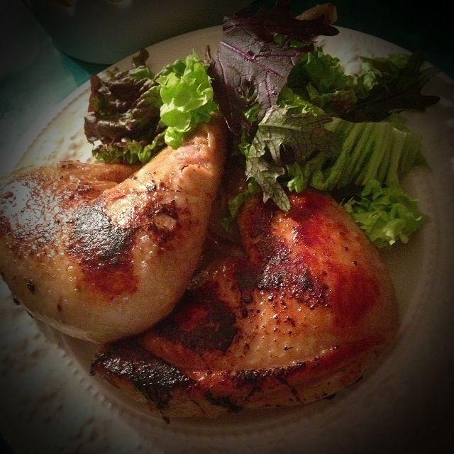 由佳ちゃんが遊びにきてくれたので、いろいろ作りましたよ♪( ´▽`)  クリスマス定番の骨付き鶏モモ肉… めちゃうだよ〜 シローちゃん!  やっと味がイメージ通りになってきました。 次は皮がパリパリになるように、 実験していきます! - 188件のもぐもぐ - Xmasパーティー⑧                      シローちゃんの炊飯器でコンフィ by 志野