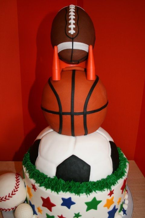 Cake Decorations For Sports : 1000+ ideas about Sports Birthday Cakes on Pinterest ...