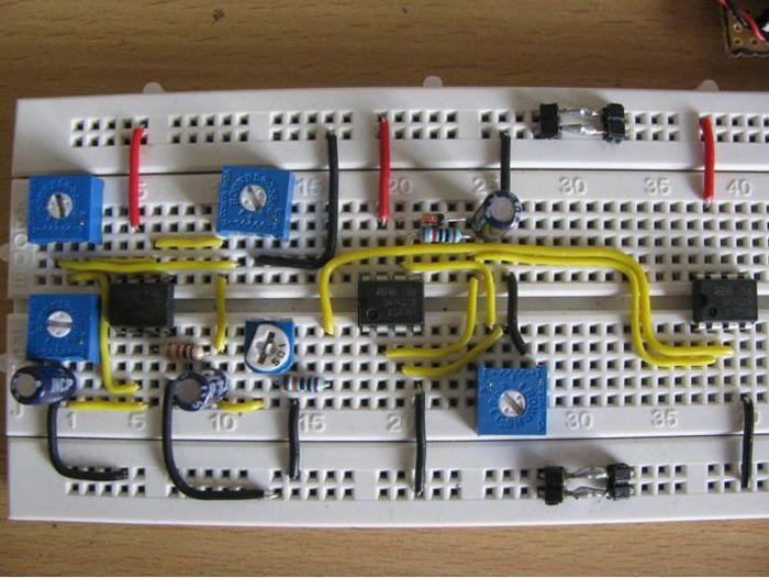 Breadboard Circuit Design:  Electronic rh:pinterest.com,Design