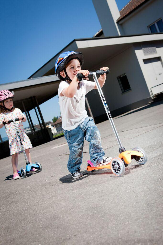 #MiniMicro Sporty hulajnoga dla dzieci neonowa pomarańczowa: w sam raz dla 2latka ! #RuchToZdrowie