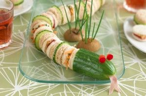Snake sandwiches - Kids' party food ideas