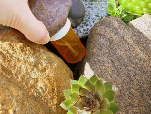 9 Survival Uses for an Empty Pill Bottle   Survival Kit On A Budget by Survival Life at http://survivallife.com/survival-uses-for-a-pill-bottle/