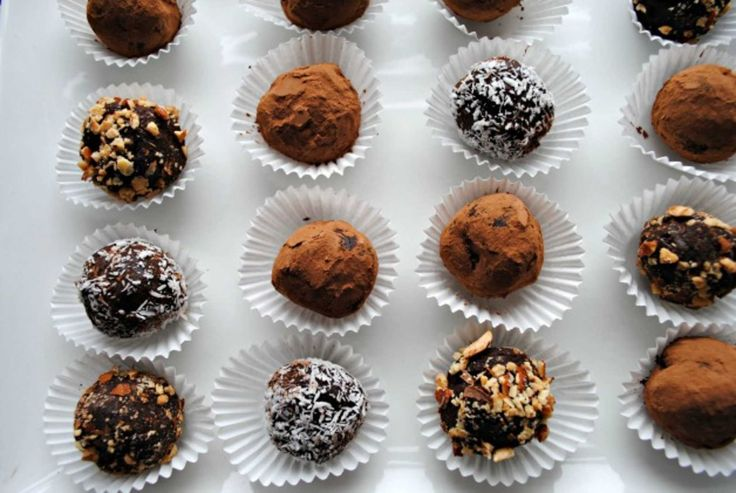 Easy Chocolate Truffles. Totally simple and utterly delicious.