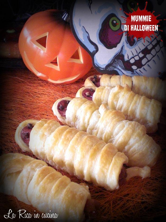 Mummie di Halloween sul mio blog La Rica in cucina http://blog.giallozafferano.it/ricaincucina/mummie-di-halloween/