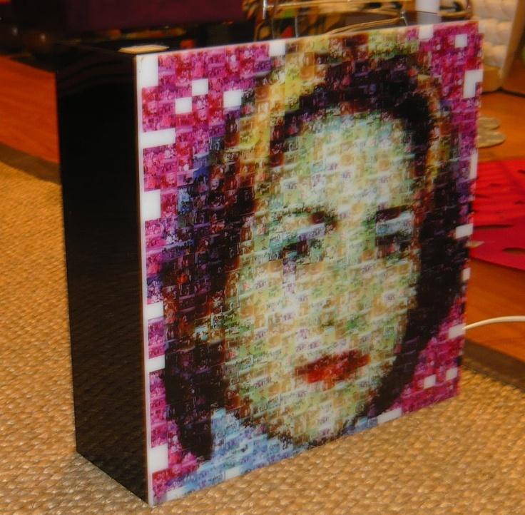 """Obra luminosa """"Mosaico"""" hecha por encargo con tus propias fotos o imágenes. Pequeñas fotos crean una nueva gran imagen. Para colgar o para mesa."""