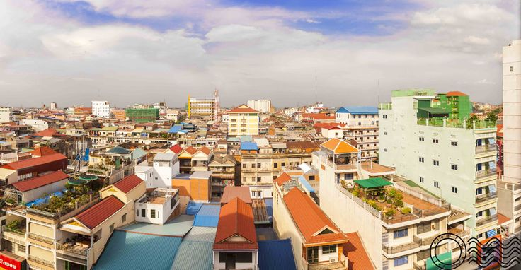 An early visit to Wat Ounalom and Kendal Market with some shots of Phnom Penh.