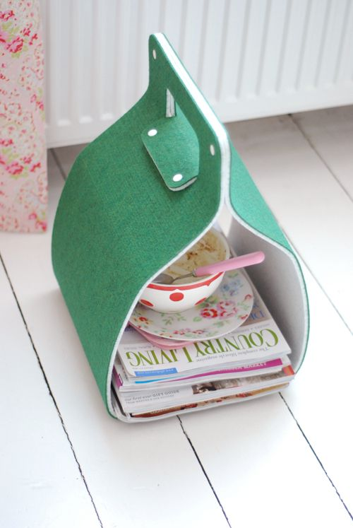 Wimbledon green news paper collector from Creatables