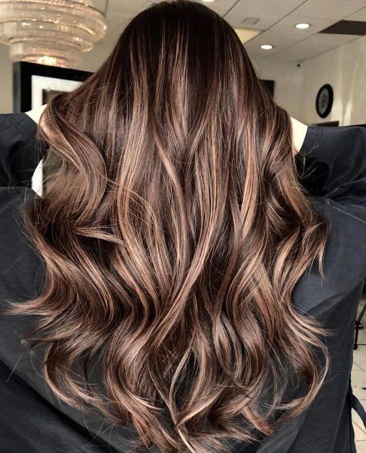 53 Flattering Brown Hair With Blonde Highlights To Inspire Your Next Hairstyle Beautyblog Makeupoftheday Braune Haare Braune Haare Strahnen Blonde Strahnen