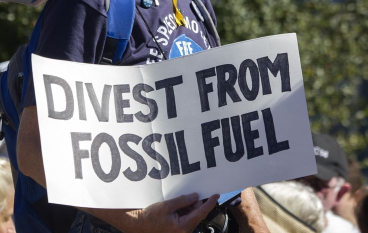 """Canadian foundation to divest fossil fuels from its investment portfolio 