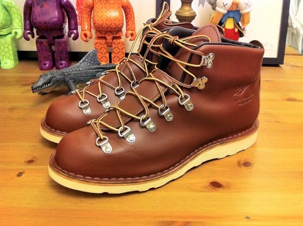 1000  images about footwear on Pinterest | Boots Waterproof