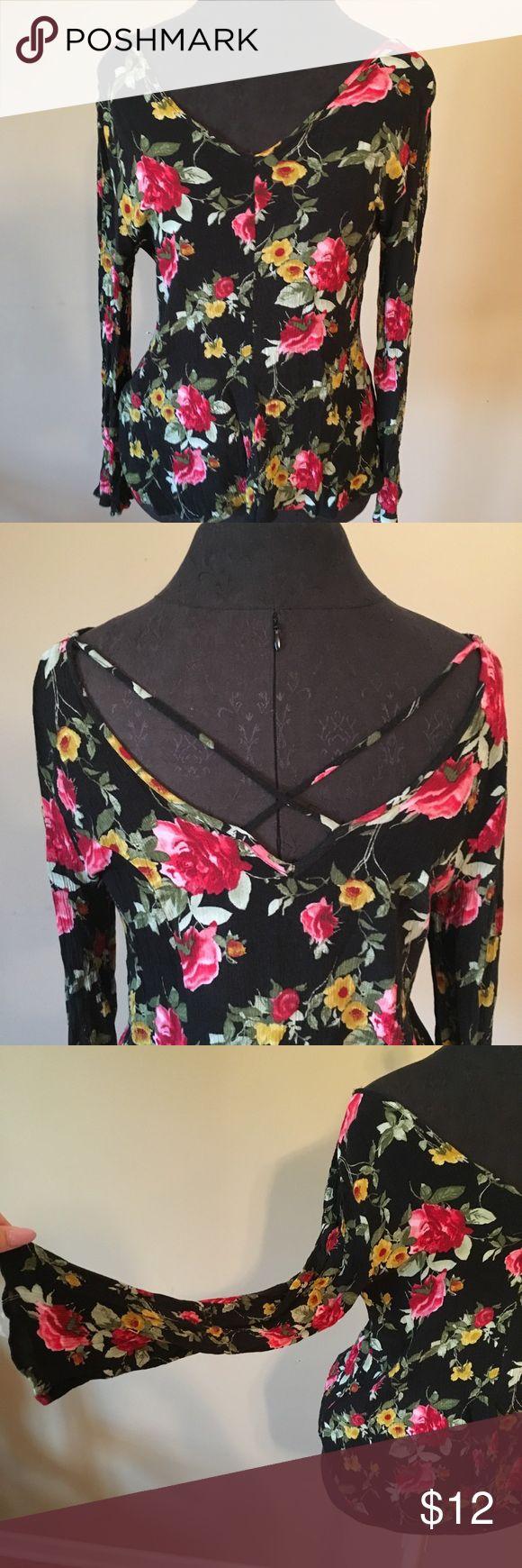 Beautiful floral crepe blouse Beautiful floral crepe blouse Charlotte Russe Tops Blouses
