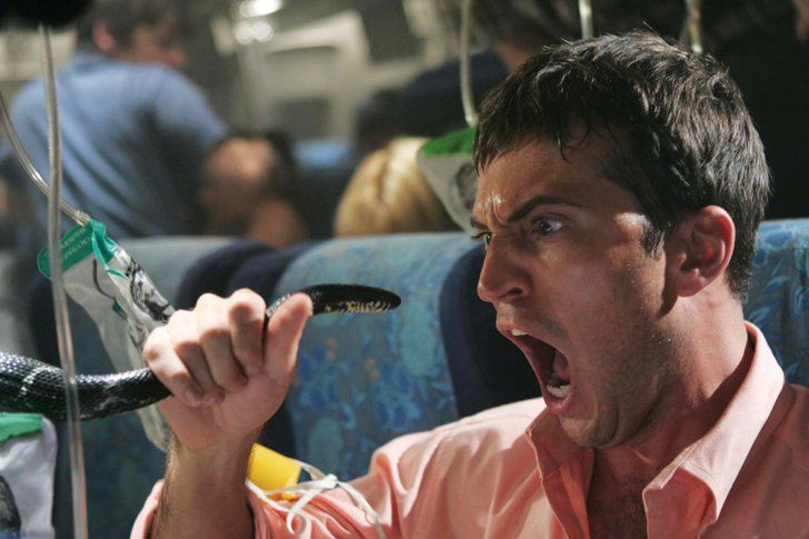 Pin for Later: 15 Horror Comedies You Need to Get Your Eyeballs On Snakes on a Plane (2006)